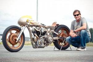 Die Painttless mit Inhaber Andreas von Thunderbike