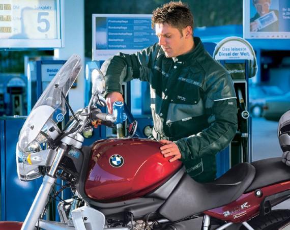 Immer auch bedenken: Genügend richtigen Treibstoff tanken!
