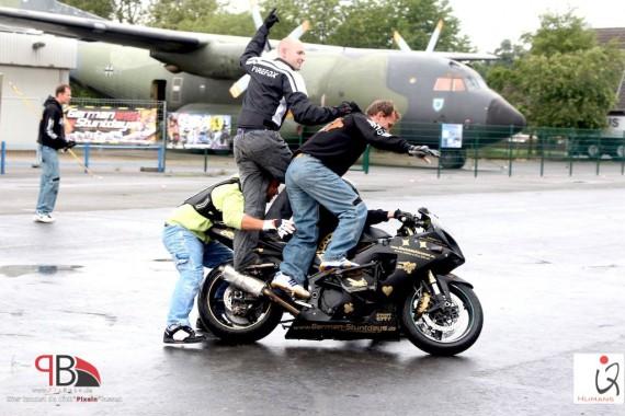 Stuntvorführungen kommen stets gut an!