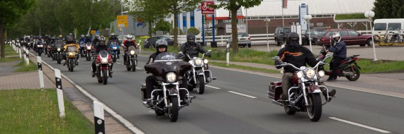Der biherige Rekord liegt bei 600 Motorrädern im Konvoi!