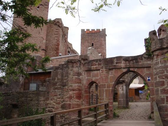 Auf der Henneburg findet das Castle Meeting statt!