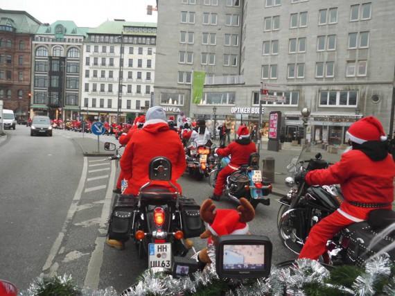 Die Alster Cruiser rocken nicht nur den Santa-Claus-Run!