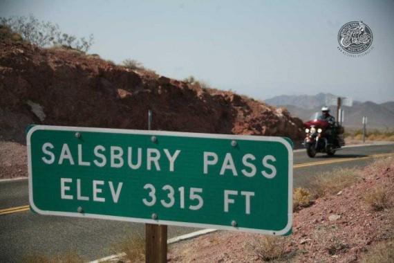 Ihr fahrt mit der Truppe in das Death Valley!