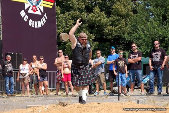 Spike bei schottischen Gewichtswurf. Traditionell am Start!
