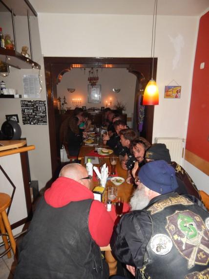 Nach dem Open Office waren wir spontan mit ca. 20 Leuten noch im Kochwerk.