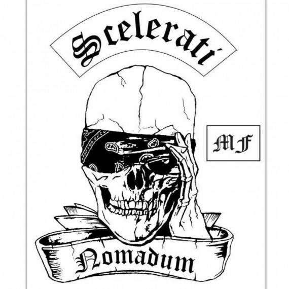 Der Scelerati Nomadum MF ist mit klassischem Zweiteiler unterwegs. Es feht der Buttom-Rocker!