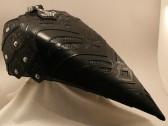 Das ist der Tank von Ralf seinem bike. Schaut euch mal die Details an. Heavy!