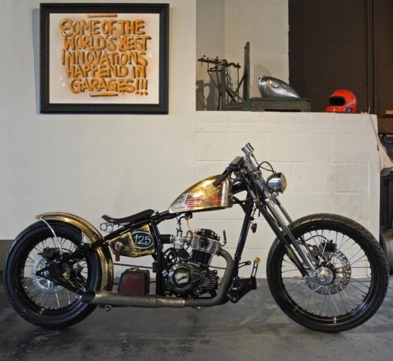 "Ebenfalls aus dem Hause Liberta. Die ""Golddigger"" mit: Motor: 125 ccm, 1 Zylinder, 4-Takt, luftgekühlt, Elektrostarter."