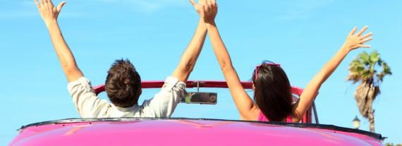 Logen bedeutet der Führerschein Freiheit.  Egal ob Auto oder Bike.