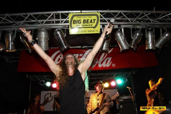 Chris Pfeiff huldigt Big Beat! Grins....freie Interpretation halt.