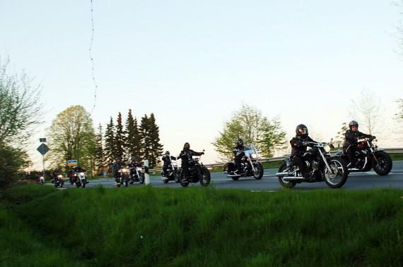 Das White Buffalo liegt an der B 213, eine ausgewiesenen Motorrad-Strecke!