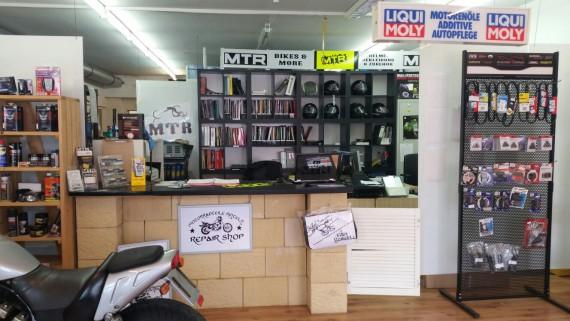 Motorradteile Rinteln ist mit 45.000 Produkten im Shop am Start!