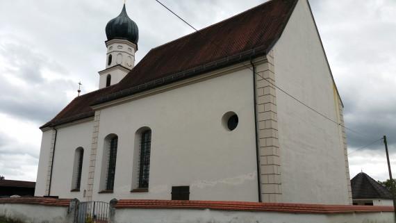 An dieser Kirche in St. Christoph fand die erste deutsche Motorrad-Weihe statt.