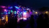 Das kommt atmosphärisch ziemlich geil. Die Rocknacht mit ROCKFIRE war ein Erfolg!