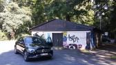 """Beim Anblick dieser Lokation in Heiligenrode kam mir spontan die Vision eines neuen Bikertreffs. """"Die Garage""""! Grins...."""