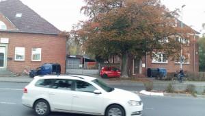 Neen dem Klub-Gelände befindet sich eine Begegnungsstäte für Obdachlose.