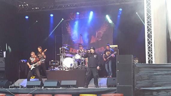 In 2015 überzeugte die Band das Publikum auf der 5th-Anninversary-Party des HAMC Hof City.