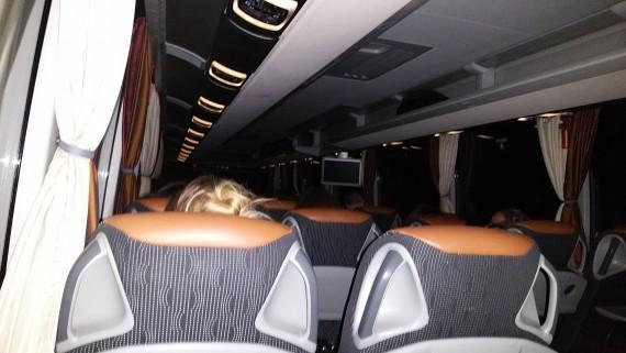 Rücktour mit flixbus. Viele Beinfreiheit und ein günstiger Preis reicht zur Alternative!