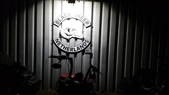 Letzten Freitag warf sich ein Schatten über das Clubhaus in Delfzil!