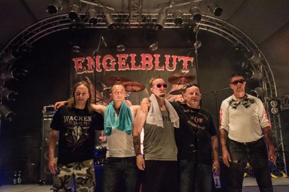 Die Band Engelblut HC wirkt auf musikalische Art und Weise der Stigmatisierung der 1%er entgegen!